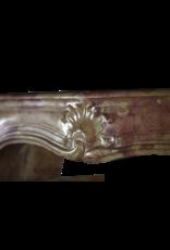 Französische Antike Kamin Maske Aus Dem 18. Jahrhundert Aus Zweifarbigem Stein