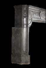 Maison Leon Van den Bogaert Antique Fireplaces & Vintage Architectural Elements High End Zweifarbig Stein Antik Kamin Maske