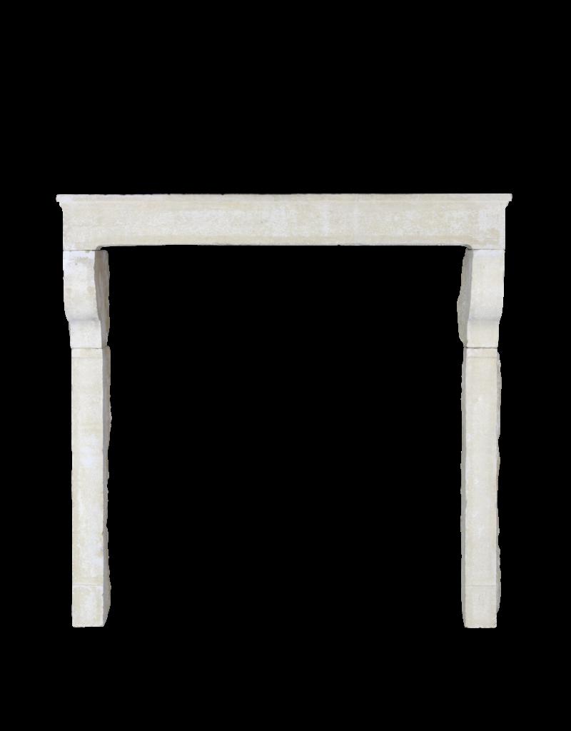 Maison Leon Van den Bogaert Antique Fireplaces & Vintage Architectural Elements Alrededor De La Chimenea De Piedra Caliza De Estilo Rústico Francés