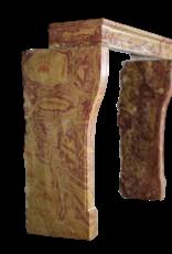 Französische Zweifarbige Hartstein-Kamin