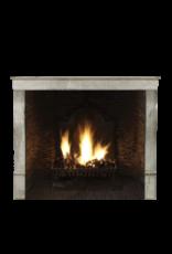 The Antique Fireplace Bank Kleine Zeitlose Französische Vintage Kaminverkleidung