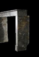 Zeitlose Schicke Fossile Marmorstein-Kamin Des 17. Jahrhunderts