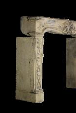 Alrededor De Chimenea De Piedra Caliza De Estilo Rústico Francés Vintage