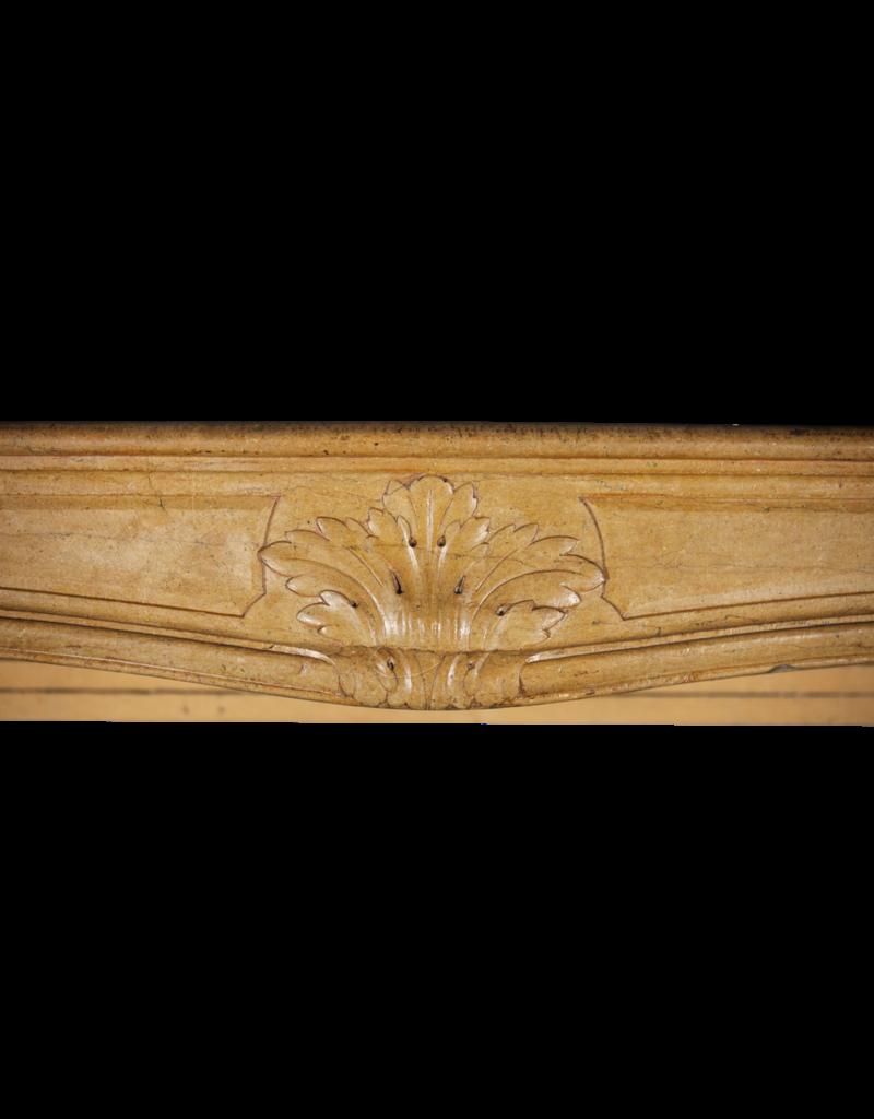 Maison Leon Van den Bogaert Antique Fireplaces & Vintage Architectural Elements Ambiente Clásico De Chimenea Del Siglo XVIII