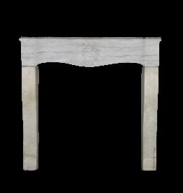 The Antique Fireplace Bank Rustikaler französischer zweifarbiger Kaminmaske