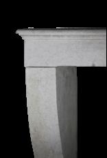 Zeitlose Vintage weiße Kalkstein Kaminmaske