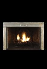 The Antique Fireplace Bank Französische historische Kamin in zweifarbigem hartem Stein