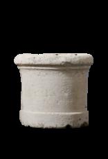 Antike Brunnenbasis