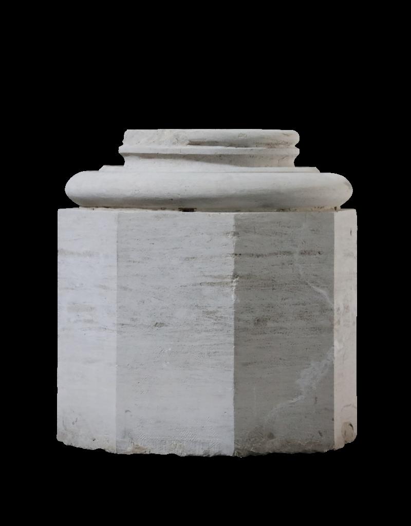 Base De Columna De Piedra Caliza