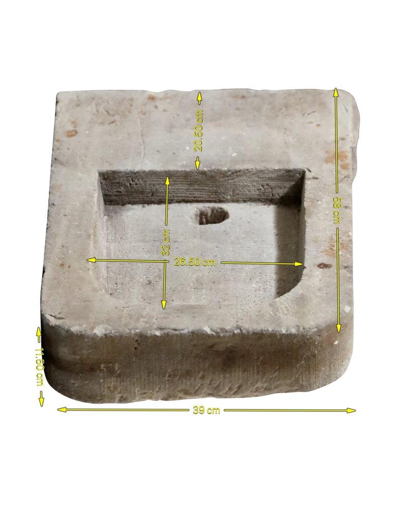 Lavabo De Pared Rústico En Piedra Caliza