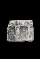Rustikales französisches Kalksteintrogfragment