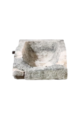Fragmento De Comedero Antigua En Piedra Caliza