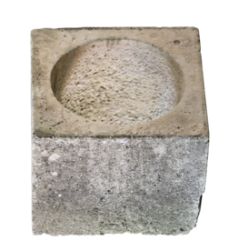 The Antique Fireplace Bank Wellhead In Limestone