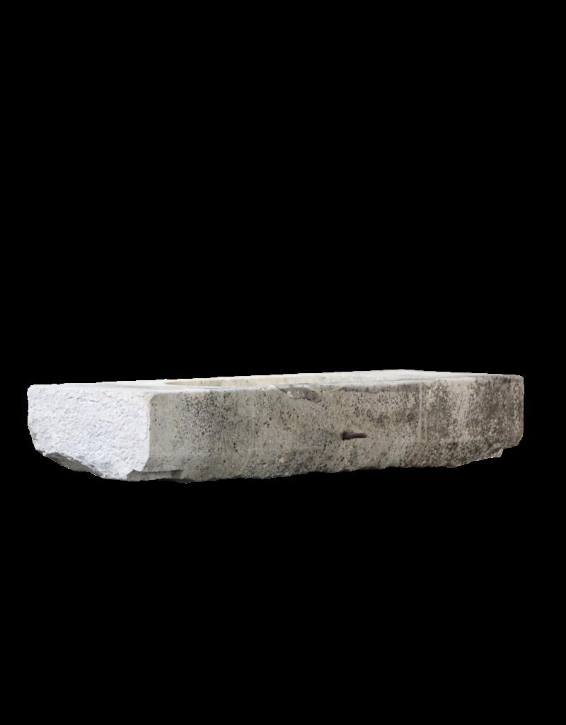 Antiker Kalksteintrog