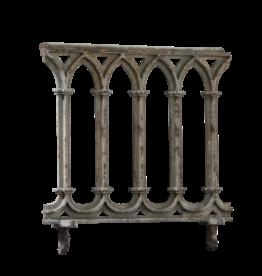 The Antique Fireplace Bank Balcón De Hierro Fundido