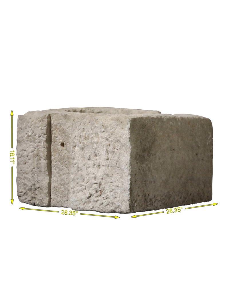 Antiker französischer Brunnenkopfstein