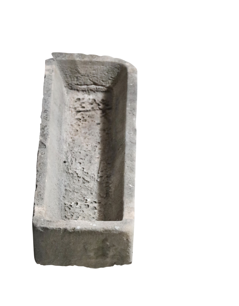 Antike Viehfütterungswanne in Kalkstein