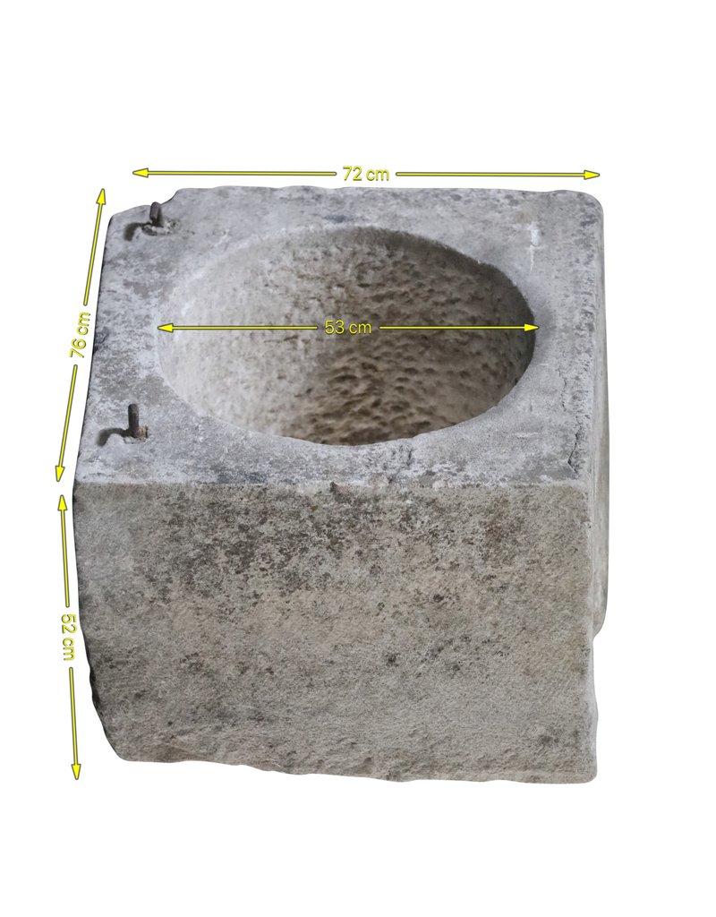 Zweifarbig French Wellhead Stein