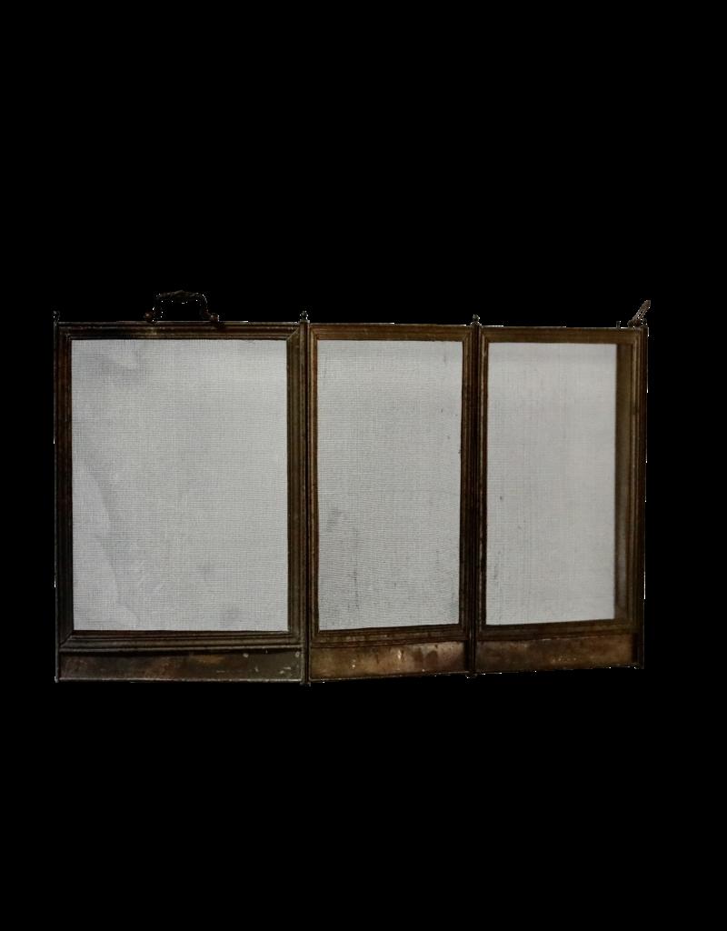 Französischer Kaminschirm im Landhausstil