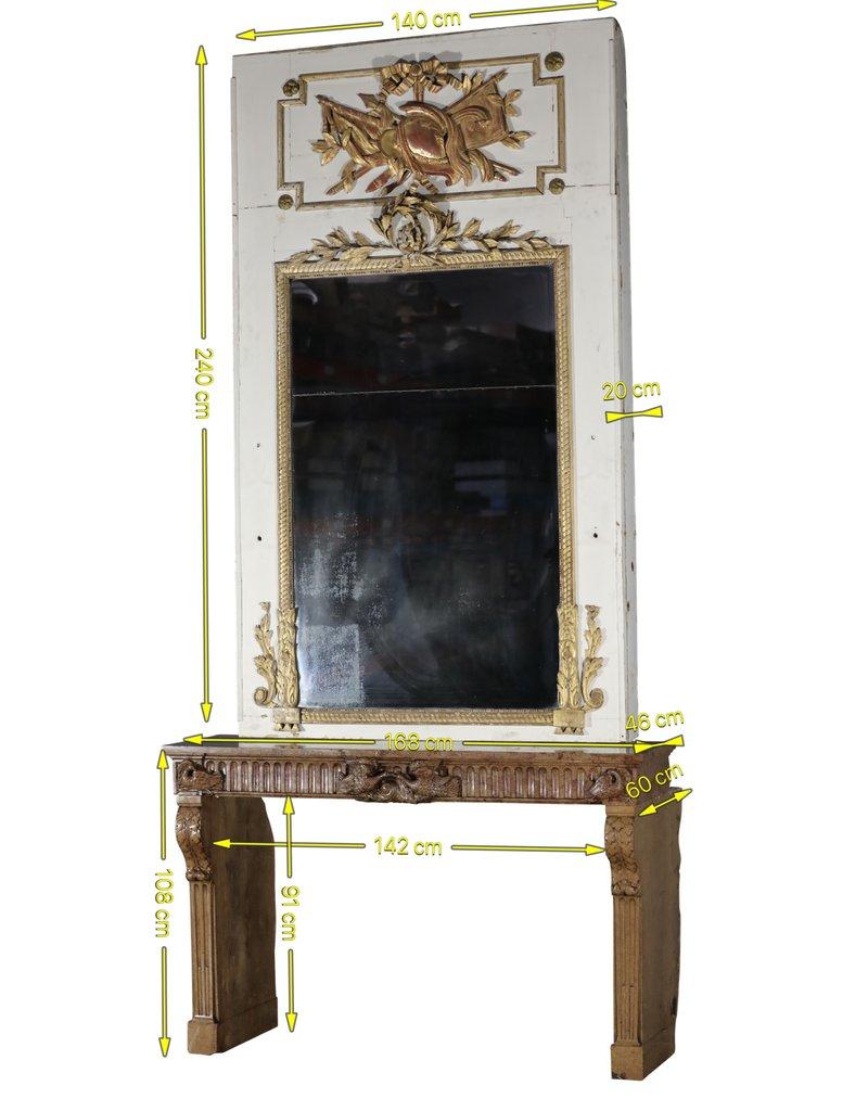 Sensationelle Steinkaminverkleidung Stamt Aus 18. Jahrhundert