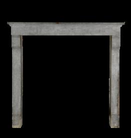 Französischer Kaminmantel im Landhausstil