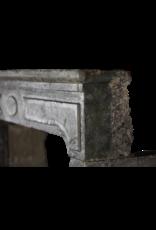 Französischer Rustikaler Kaminmaske mit Patina