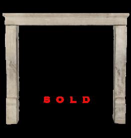 Kleine Französisch Des 19. Jahrhunderts Antike Kalkstein Kaminmaske