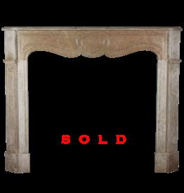 The Antique Fireplace Bank Pompadour Francés Clásico Chimenea
