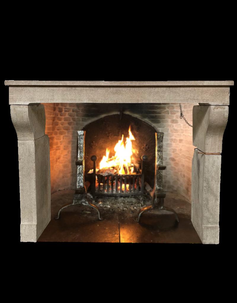 Maison Leon Van den Bogaert Antique Fireplaces & Vintage Architectural Elements Elegante Repisa De Chimenea De Piedra Caliza Francesa