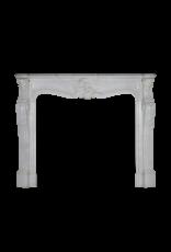 Klassischer Kamin aus weißem Marmor im Regency-Stil