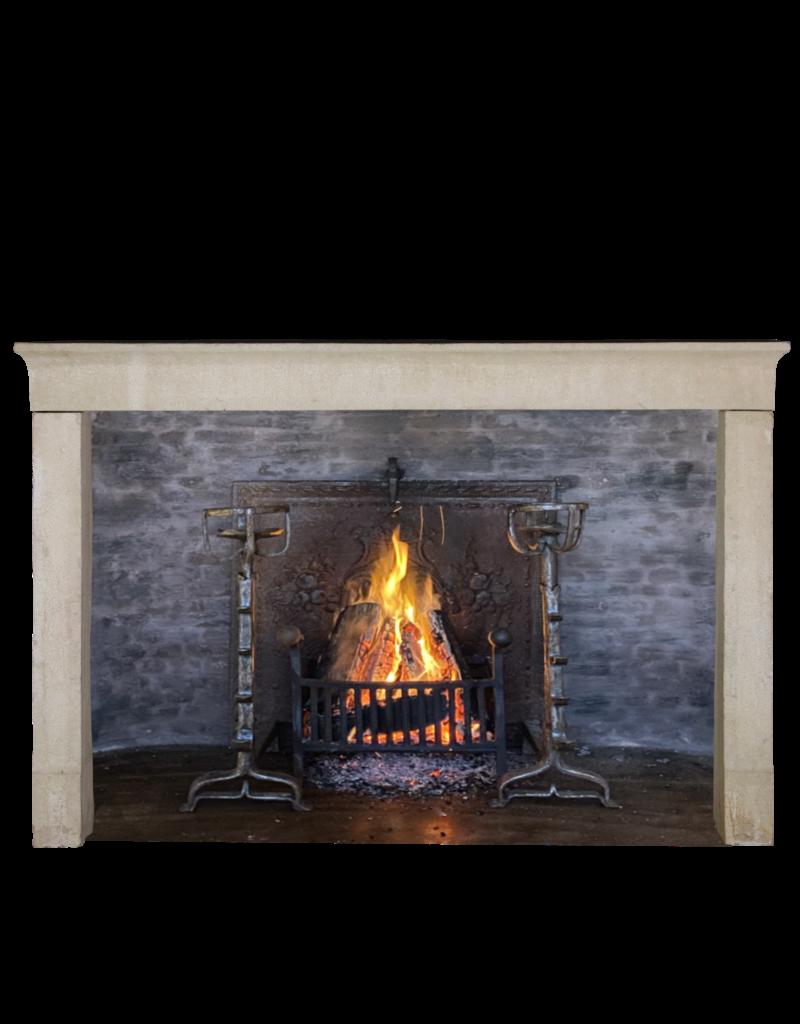 Maison Leon Van den Bogaert Antique Fireplaces & Vintage Architectural Elements Chimenea De Piedra Caliza De Estilo Francés