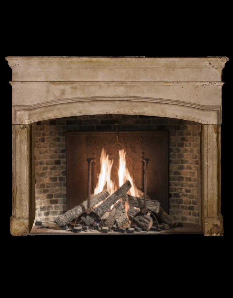 The Antique Fireplace Bank Starke Grez-Stone-Kaminverkleidung aus dem 17. Jahrhundert