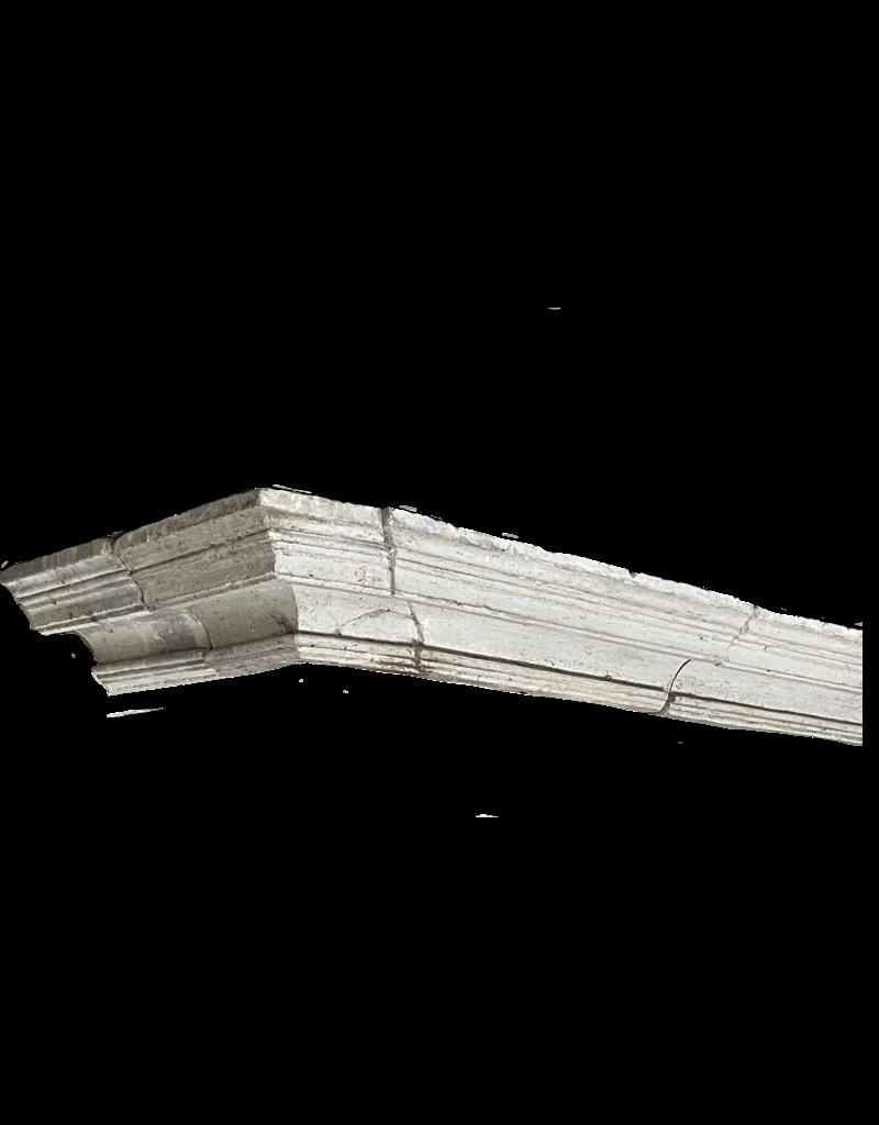 Rustikales Kaminelement