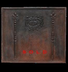 The Antique Fireplace Bank Placa De Fuego Del Siglo Xviii