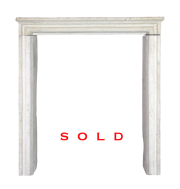 Small Country Limestone Mantle