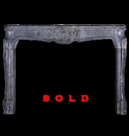 The Antique Fireplace Bank Restaurada Oscuro Chimenea De La Vendimia