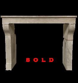 The Antique Fireplace Bank Kaminverkleidung im französischen Stil