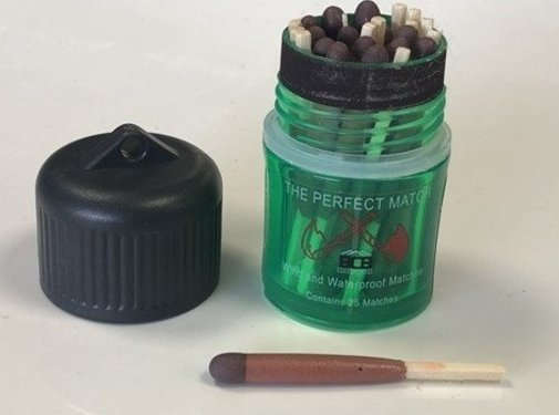 BCB Adventure 59/5000 BCB Matches - 2 x 25 Pieces - Wind and Water Resistant Green
