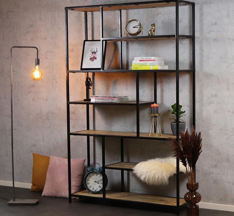 Industriële boekenkast metaal hout