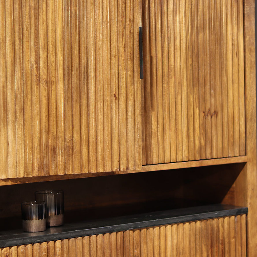 Wandkast Carter mangohout 4drs bruin