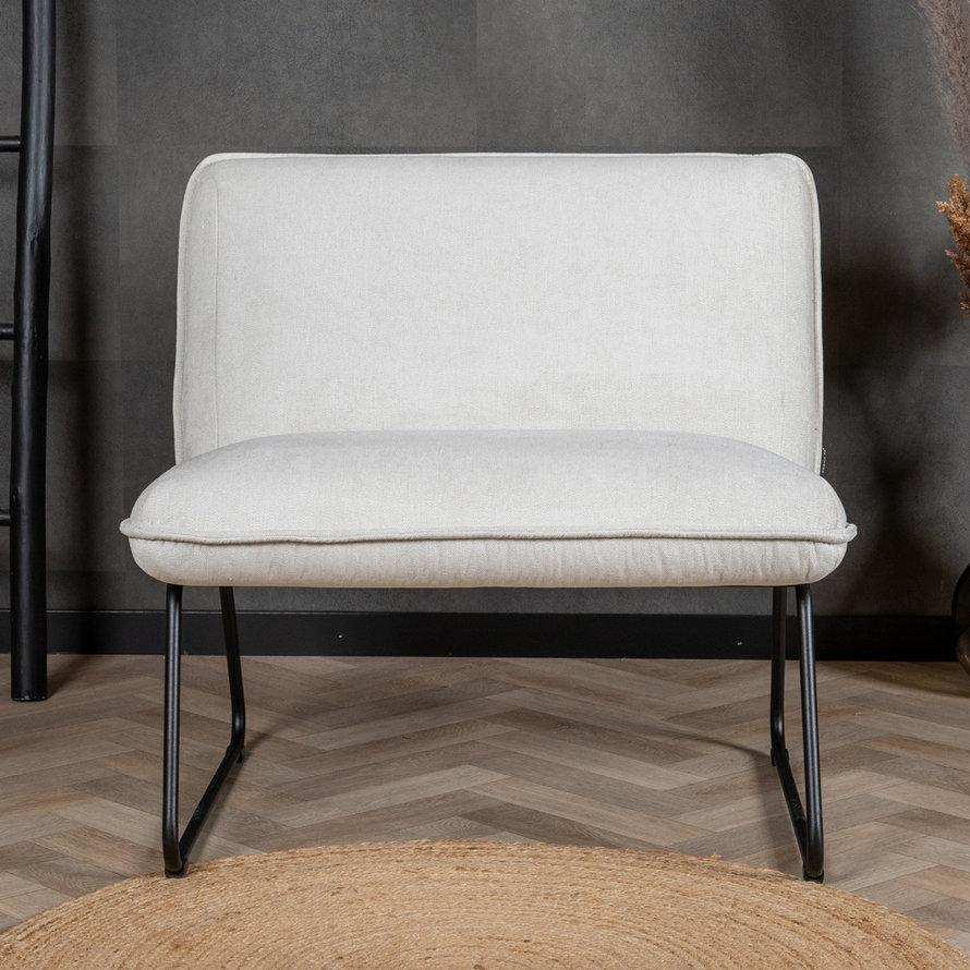 Scandinavische fauteuil Merle wit stof gemêleerd