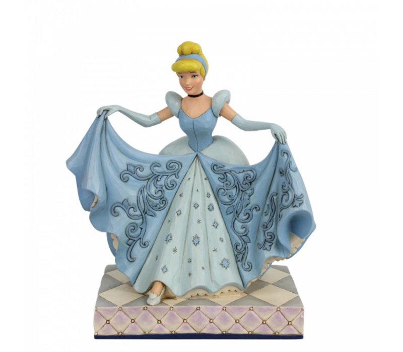 Disney Traditions - Cinderellla Transformation (Cinderella Glass Slipper)