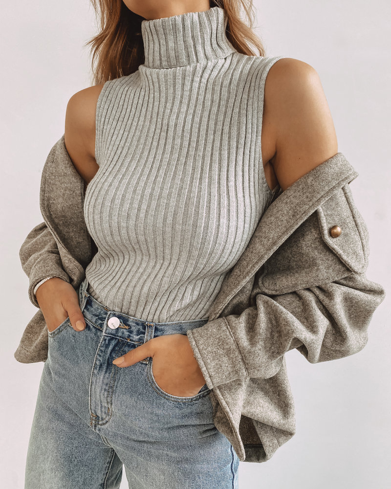 Sleeveless Top Taupe-Grey