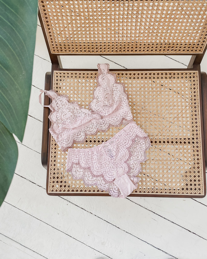 Old Pink Lingerie set