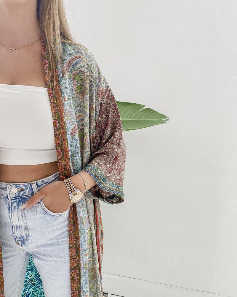 Long Unique Kimono Number 210