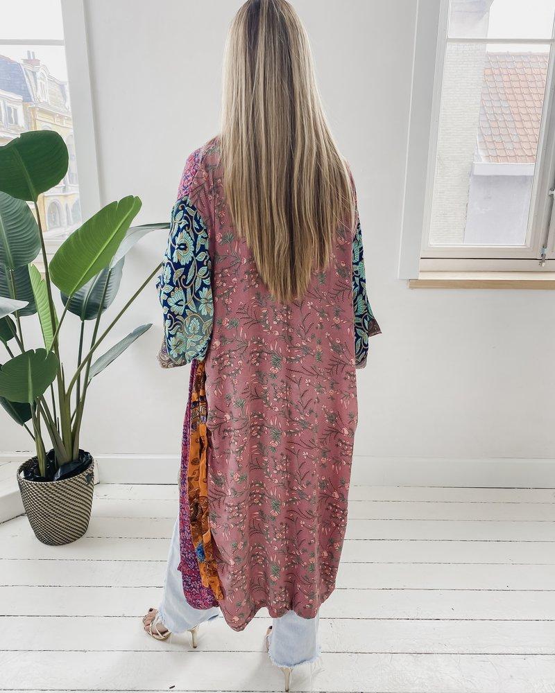 Long Unique Kimono Number 214