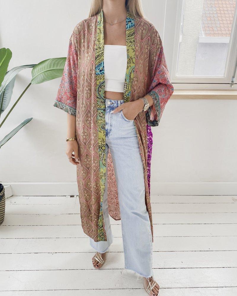 Long Unique Kimono Number 221