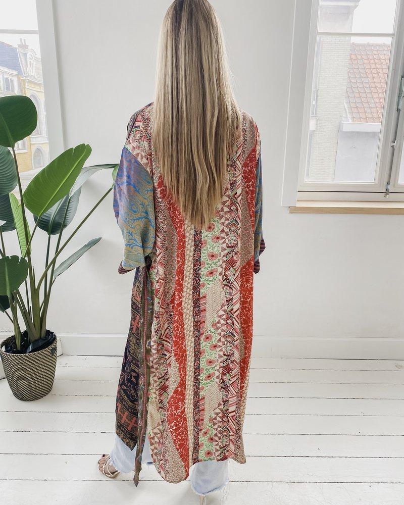 Long Unique Kimono Number 226