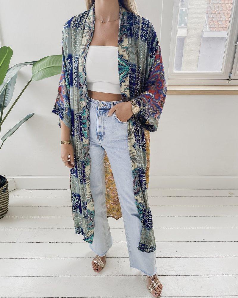 Long Unique Kimono Number 242