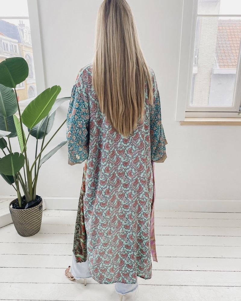 Long Unique Kimono Number 250